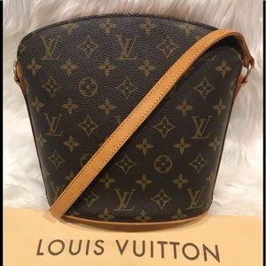 Authentic Louis Vuitton Drouot Cross Body #9.6M